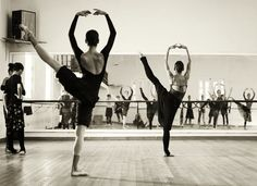 Ballet Nacional de Cuba's dancers in the studio. Photo by James Rowbotham