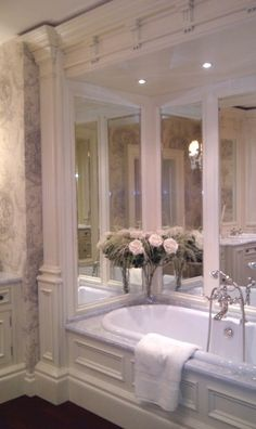 Clive Christian Kitchens and bath Showrooms Dream Bathrooms, Beautiful Bathrooms, Luxurious Bathrooms, White Bathrooms, Master Bathrooms, Clive Christian Kitchens, Kitchen Showroom, South Shore Decorating, Ivory Paint