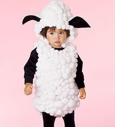 Homemade halloween/carnaval costumes for little kids - sheep. Costumes For Little Kids, Animal Costumes For Kids, Animal Halloween Costumes, Children Costumes, Costume For Kids, Halloween Makeup, Animal Fancy Dress Costumes, Zombie Costumes, Halloween Clothes