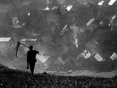 "ardora: "" Martin Martinček, Ráno ('In the morning'), Slovakia, undated. Martin Munkacsi, Bratislava, Art Festival, Map Art, Photomontage, Photojournalism, Farm Life, Black And White Photography, Street Photography"
