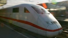 Deutsche Bahn plant kostenloses WLAN für ICE-Züge.