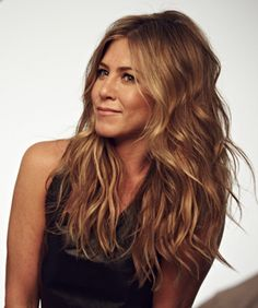 Jennifer Aniston's Wish-List Hairstyle Blows Our Mind (Hint: A MAJOR Fashion Player)