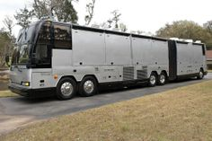 Prevost for Sale Luxury Motorhomes, Rv Motorhomes, Travel Buggy, Rv Travel, Prevost Coach, Coaches For Sale, Cool Rvs, Luxury Bus, New Bus