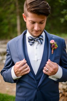 Noivo de azul - Groom in navy suit