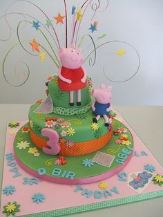 This Peppa Pig birthday cake looks yummy!