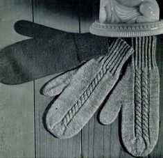 Four Needle Mittens Pattern
