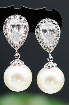 Swarovski pearl Bridal Earrings from EarringsNation Bridesmaid Gifts Bridesmaid earrings jewelry