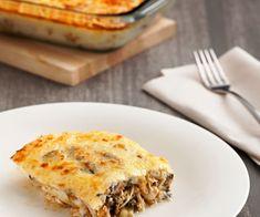 Moussaka de pollo - Cookidoo® – la plataforma de recetas oficial de Thermomix® Salsa Verde, Quiche, Pie, Breakfast, Desserts, Recipes, Food, Puff Pastry Chicken, Dishes