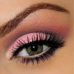 Pretty pink eye makeup ♡♡