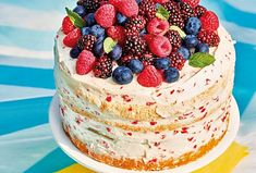 Piškotový dort s malinovým mascarpone - Recepty.cz - On-line kuchařka Cheesecake, Food, Mascarpone, Cheesecakes, Essen, Meals, Yemek, Cherry Cheesecake Shooters, Eten