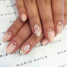 Marie Nails - blush pink and flowers