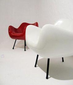 armchair by Roman Modzelewski (1957)
