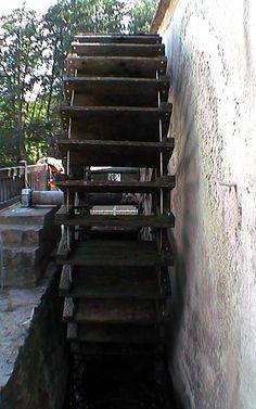Le Moulin à Tan à Moret-sur-Loing - 2002