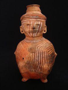Cultura Panzaleo Entre el 500 ANE. y el 1500 NE. diversos grupos ocuparon la sierra centro y norte y su vertiente oriental, a la altura de la región de Cosanga y Baeza, desarrollando un estilo cerámico que hoy día conocemos con el nombre de Cosanga-Píllaro o Panzaleo