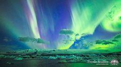 Evosia Photography - Henry Jun Wah Lee   -  Timelapse over the Vatnajokull Glacier in Southeast Iceland