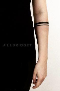 Bracelet tattoo | Solid band tattoo | Stripes tattoo arm