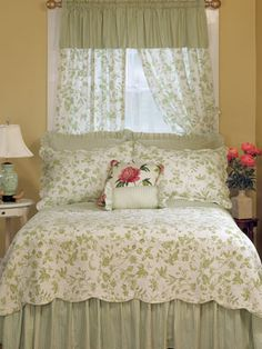 Find your favorite Country Curtains and drapes, kitchen valances, lace and sheer curtains, energy efficient thermal door panels and other window treatments at the Vermont Country Store. Shabby Chic Interiors, Shabby Chic Bedrooms, Shabby Chic Decor, Small Master Bedroom, Country Curtains, Country Bedding, Bedroom Green, Curtains With Blinds, Beautiful Bedrooms