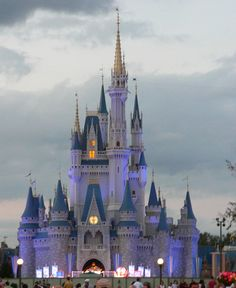 Magic Kingdom Cinderella Castle at Walt Disney World Resort, Orlando, FL, USA Disney World Resorts, Walt Disney World, Disney World Magic Kingdom, Disney Vacations, Disney Magic, Dream Vacations, Disney Tips, Vacation Spots, Kingdom Movie