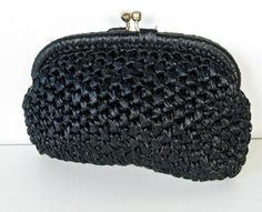 vintage black woven raffia clutch - handbag - evening bag - 1960s (12.00)