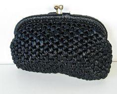 vintage black woven raffia clutch - handbag - evening bag - 1960s (12.00)