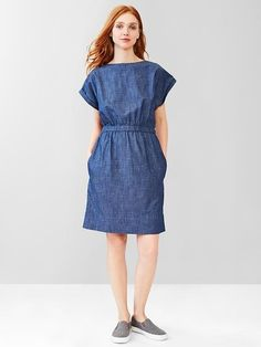 Gap boat neck chambray dress