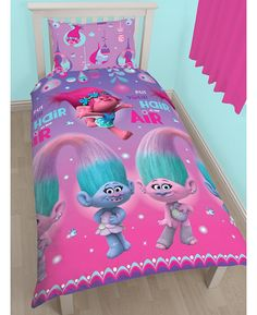 This adorable Trolls Glow single duvet cover set is the perfect finishing touch for a Trolls themed room. The front of the duvet cover features loveable Trolls characters Poppy, Satin and Chenille posing, with 'put your hair in the air' written across the top. The reverse features a repeat of the characters in little bubbles. Go check out our website to see it!