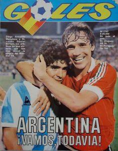 Diego Maradona con Bertoni en el mundial de España 82