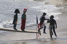 reconstitution du débarquement de napoléon sur la plage de golfe-juan,