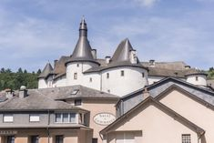10 Very Good Reasons to Visit Luxembourg This Year!   solosophie Medieval Fortress, Renaissance Architecture, Castle Ruins, Long Weekend, Palace, Most Beautiful, Louvre, Explore, Mansions