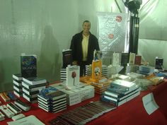 Paulo na feira do livro.
