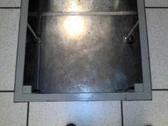 base metálica antisísmica, cerramiento con piso técnico, veáse el fondo de piso ( placa de acero )