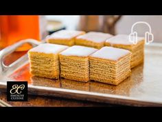 ▼ Ingredients 90 g cakeflour 20 g almond flour baking powder 70 g sugar 90 g unsalted butter 2 eggs milk honey tsp vanilla extract Baumkuchen Recipe, Bread Recipes, Cooking Recipes, Tree Cakes, Cake Youtube, Sweet Pie, Buzzfeed Food, Food Places, Food Reviews
