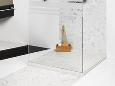 Duschwanne aus Silestone® DOPPIO by Cosentino Group Upstairs Bathrooms, Modern, Sink, Showers, Furniture, Group, Home Decor, Artificial Stone, Natural Stones