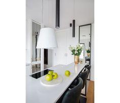Mieszkanie na Woli - zobacz ciekawy miks stylów - Galeria - Dobrzemieszkaj.pl Kitchen, Table, Furniture, Home Decor, Modern Kitchens, Trendy Tree, Cooking, Decoration Home, Room Decor