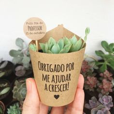 New birthday presents diy handmade gifts fun Ideas Birthday Present Diy, Friend Birthday Gifts, Diy Birthday, Birthday Presents, Creative Gifts For Boyfriend, Boyfriend Gifts, Diy And Crafts, Crafts For Kids, Altered Cigar Boxes