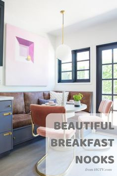 Breakfast nooks are an intimate place to gather in the kitchen for a quick bite before running out the door. Check out these 30 gorgeous breakfast nooks that will have you ready for a kitchen redesign.