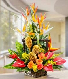Send someone this passionate exotic flower arrangement and they& have no doubts about what you feel! This imposing tropical flower basket brings together a tower of anthuriums, roses and tropical foliage, with birds of paradise looking down over it Tropical Flowers, Tropical Flower Arrangements, Church Flower Arrangements, Beautiful Flower Arrangements, Unique Flowers, Exotic Flowers, Large Flowers, Beautiful Flowers, Ikebana