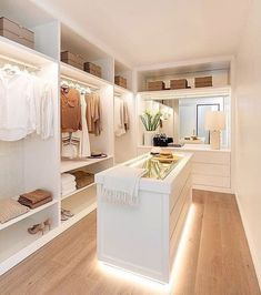 Bedroom Closet Design, Master Bedroom Closet, Home Room Design, Dream Home Design, Bedroom Decor, Walk In Closet Design, Closet Designs, Wardrobe Room, Dressing Room Design