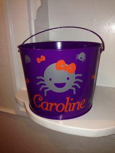 Orange and gray spider halloween bucket