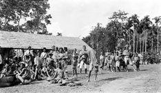 COLLECTIE TROPENMUSEUM Z-Celebes. Kleine pasar bij Loka in het gebergte ten noorden van Bonthain. Makassar, Old Pictures, Photographs, History, Painting, Antique Photos, Historia, Photos, Painting Art