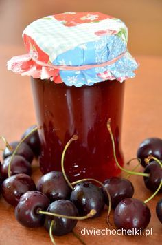 Dwie Chochelki: Sok z wiśni i wiśnie deserowe