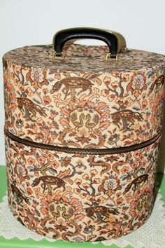 Vintage Carryall by Munro - Round Hat Box Wig Case with Wigs