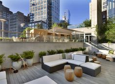 The James New York brings luxury liberated from tradition to Soho. Located on the corner of Thompson and Grand the newly built property is conceived and designed as a locally inspired, community focused and environmentally thoughtful hotel. Outdoor spaces throughout the hotel include an Urban Garden and rooftop pool deck and bar. A two-story glass wall in The Sky Lobby offers views of the Urban Garden along with area views of the neighboring sculpture garden.