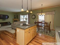 2316 Donegal Way, Hudson, WI