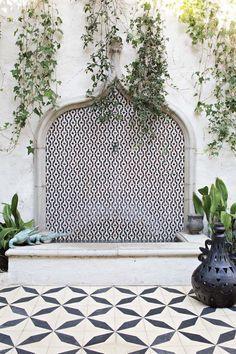 stunning wall founta