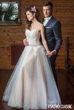 Esküvői ruhakölcsönző – Ildikó a ruhákról - csodaszép esküvő Empire, Wedding Dresses, Fashion, Bride Dresses, Moda, Bridal Wedding Dresses, Fashion Styles, Weding Dresses, Dress Wedding
