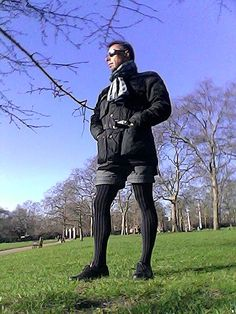 Tights Outfit, Leggings Fashion, Androgynous Fashion, Androgyny, Mens Leotard, Men In Stockings, Mens Tights, Comfy Pants, Pretty Men