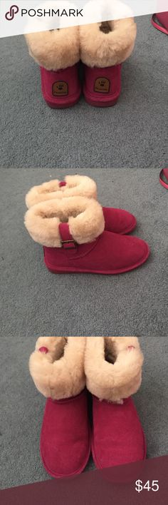 Pink bear paws Barely used worn three times BearPaw Shoes Winter & Rain Boots
