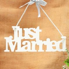 #BUY Just Married #wedding sign here: http://shop.weddingandweddingflowers.co.uk/index.php?id_product=14&controller=product