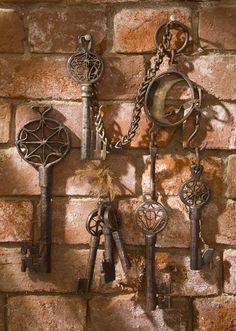 Keys & Locks: Old Russian #keys.